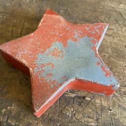 Small tin star