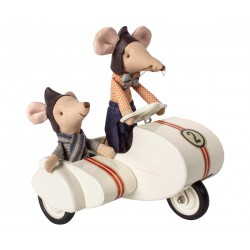 Mouse Racer in Sidecar -...