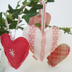 Heart ornaments - Set of 3...