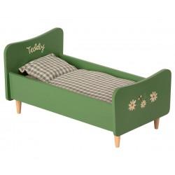 Wooden bed, Teddy dad,...