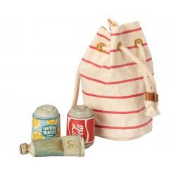 Bag w. beach essentials...