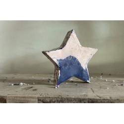 Large tin star